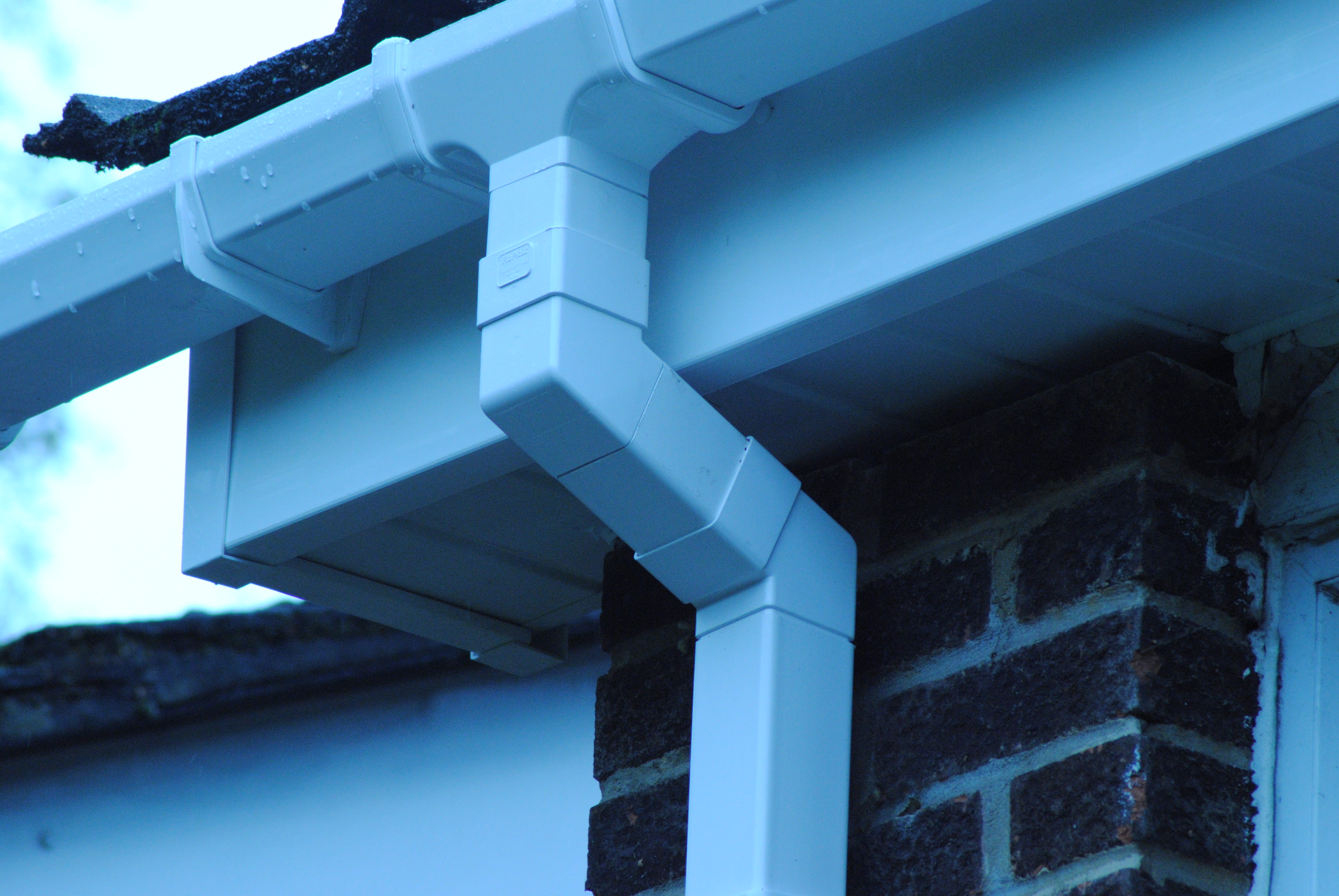 Fascias Soffits and Guttering (47)