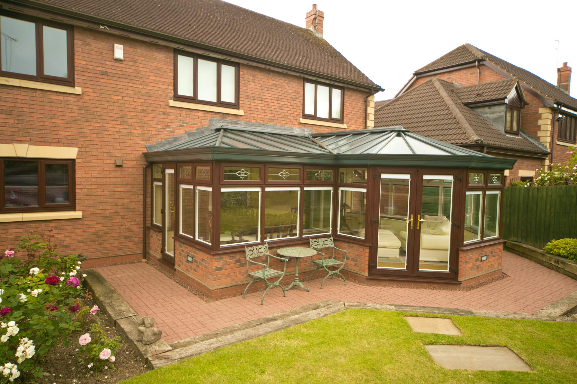 P shaped conservatory style